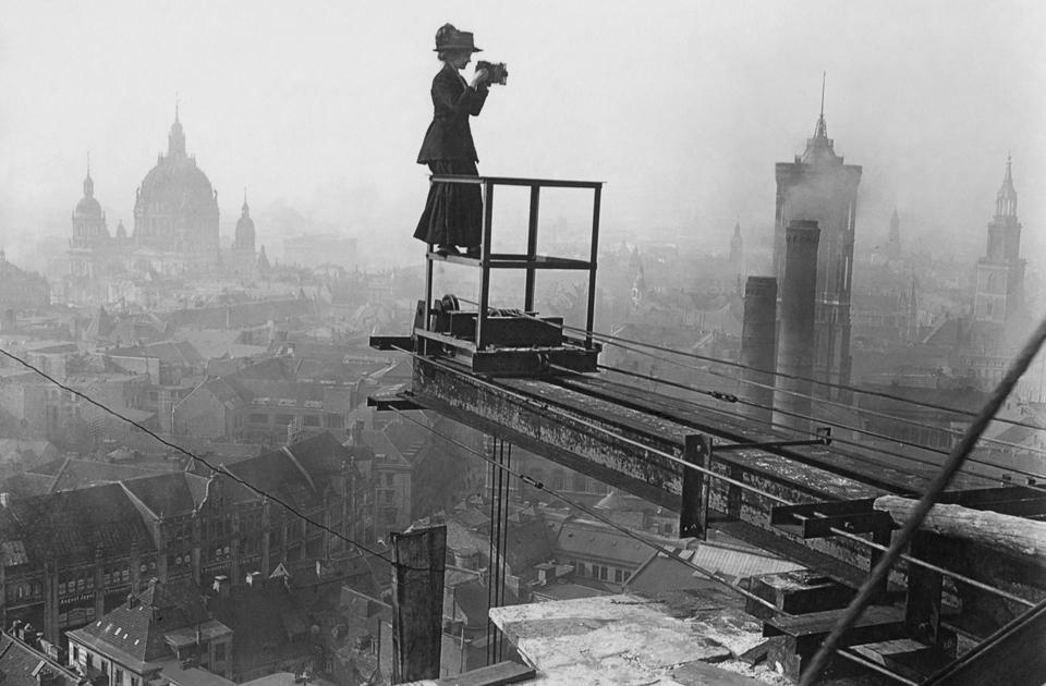 Переустройство Берлина началось в 1870-е — после объединения Германии. В 1902 году в городе открылось метро, и он принялся расти как на дрожжах