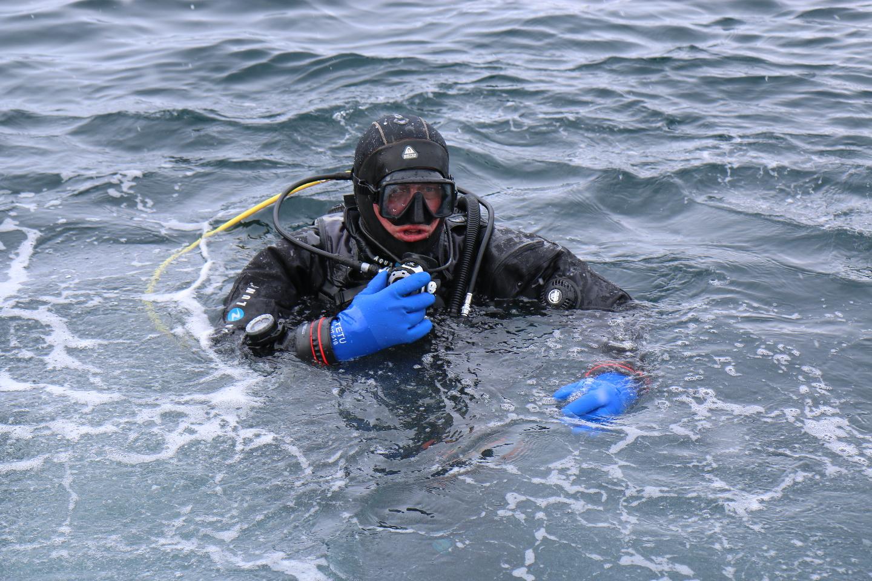 Сложные условия - холодная вода, требует особой подготовки