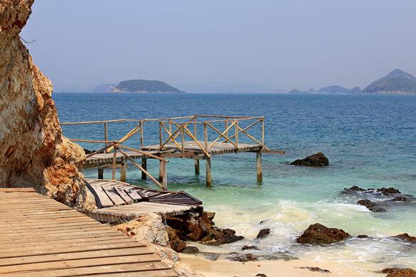 Пляжный релакс на островах Лан и Кхам близ Паттайи