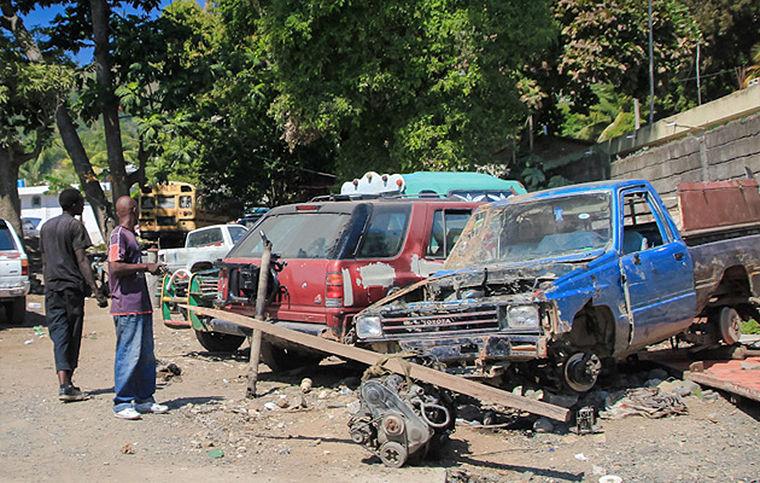 Гаити, разборка