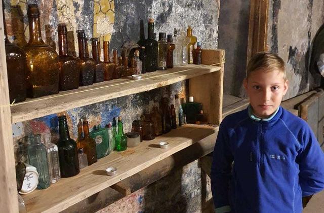 Школьник из Калининграда открыл в подвале дома исторический музей