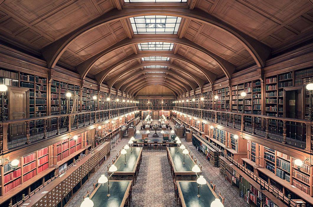 лондон самая большая библиотека в мире фото осуществляет железнодорожным